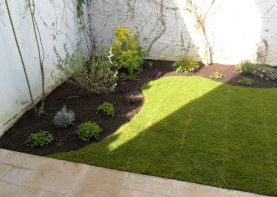 Jardidéal paysagiste aménagement Jardin : aménagement complet dont gazon et cosse de sarrazin