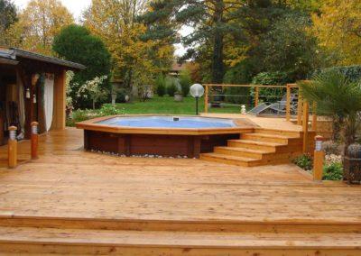 Jardidéal PAYSAGISTE Nantes 44 , réalisation d'une terrasse en bois méléze