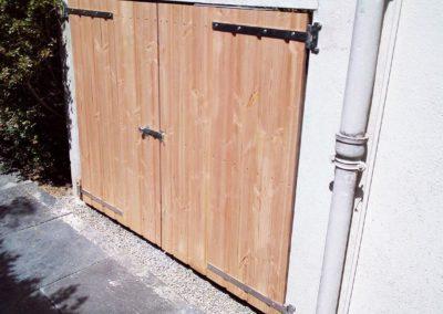 Porte sur mesure en Douglas : porte bois Nantes